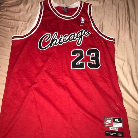 new product 4f11f a5905 NBA Bulls Michael Jordan Swingman Jersey XL